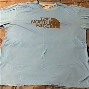 93439f26a Men's XL North Face t-shirt bright blue